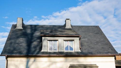 Dachsanierung mit Naturschiefer, Bogenschnittschablone, 25x25